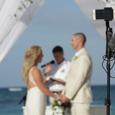 How to Wedding Live Streaming a Funeral or Memorial Service
