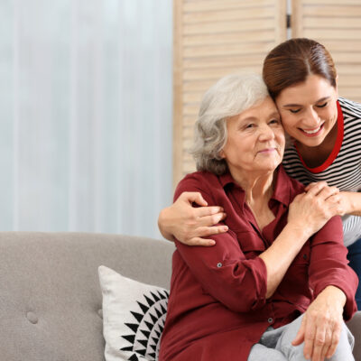A guide to moving your loved one into an assisted living home