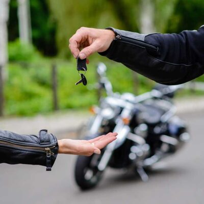 5 Reasons to Sell the Car and Buy a Motorcycle