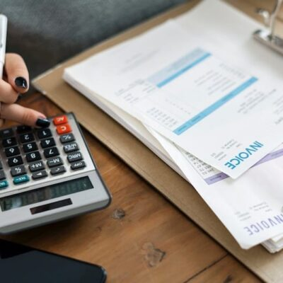Pros and Cons of Outsourcing Accounting Services