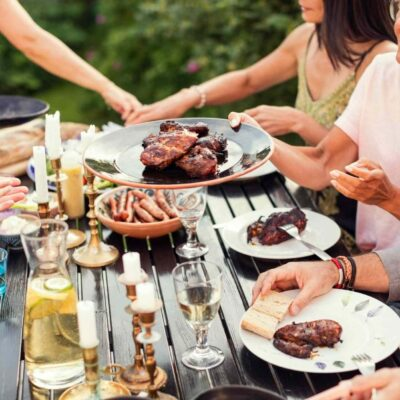 4 Tips to Create the Perfect Backyard Party Ambiance