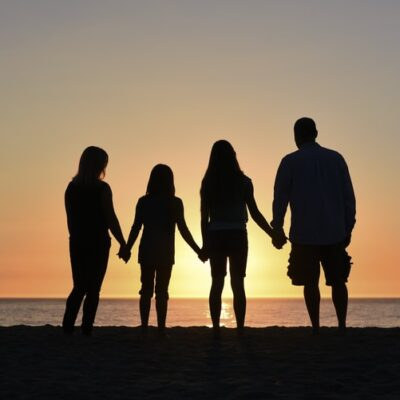 6 Great Ways to Relax and Bond as a Family