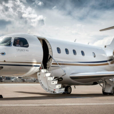 What to Consider When Hiring a Private Charter Jet Company