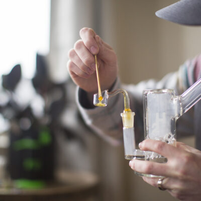 WHAT ARE THE ESSENTIAL TOOLS YOU NEED TO DAB CONCENTRATES?